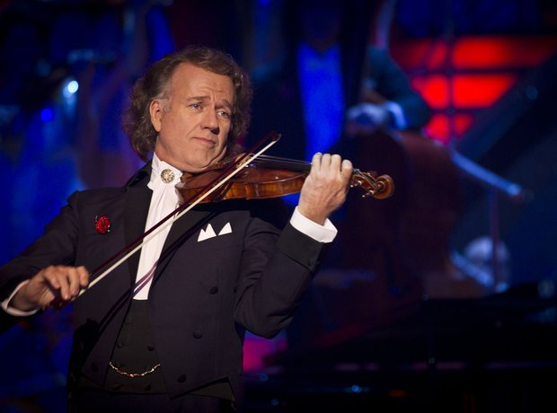 Andre Rieu performs on Strictly Come Dancing.