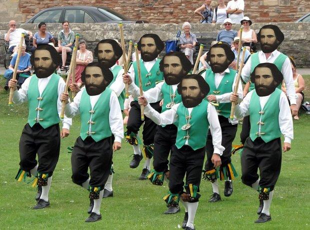 9 verdis dancing