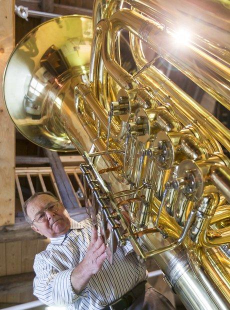 world's largest tuba