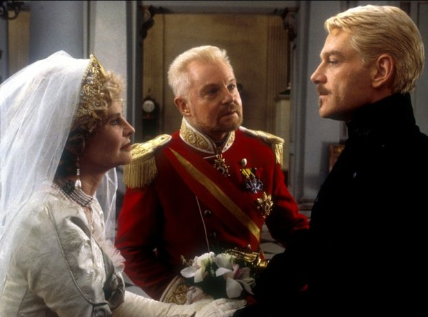 Hamlet (1996) - Patrick Doyle: Ten Best Movie Soundtracks ...