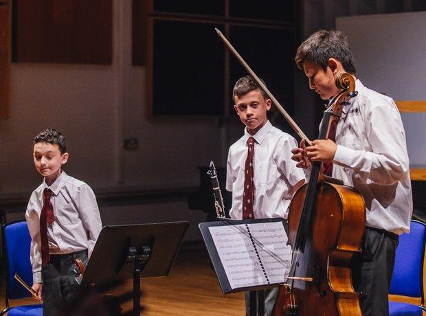 Homefield Trio