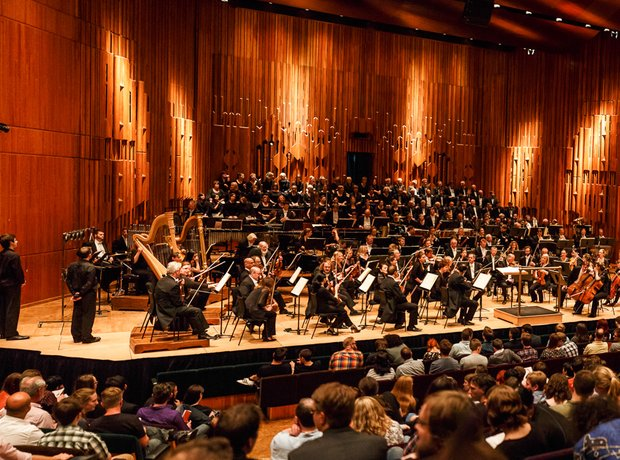 The LSO at Symphonic Legends