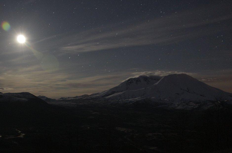 Mountain moon stars St Helens