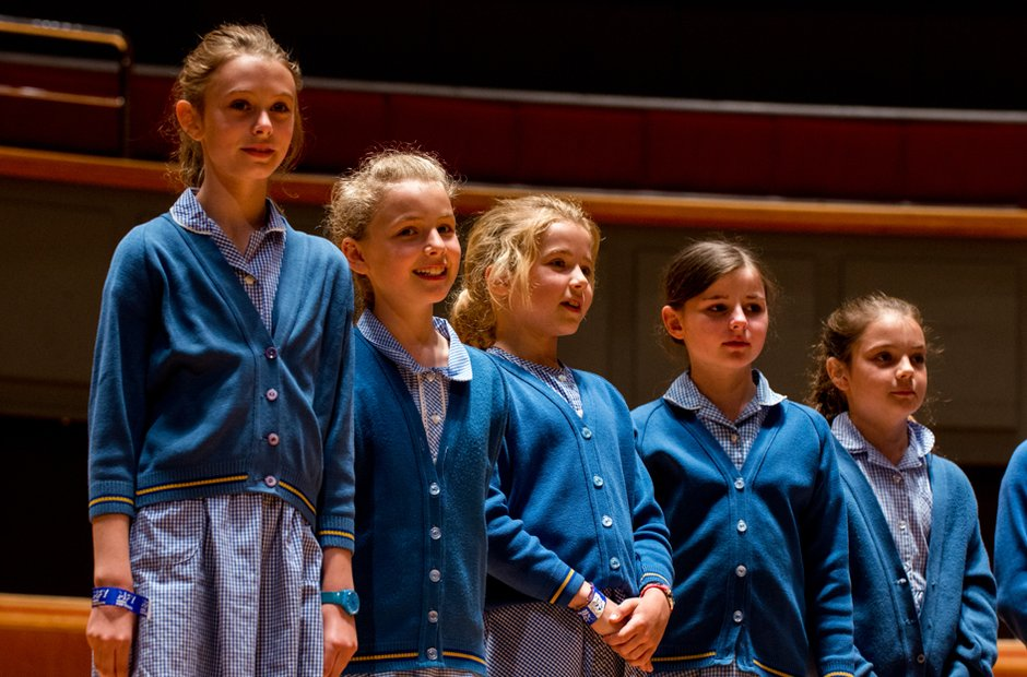 Larmenier & Sacred Heart Primary School Choir